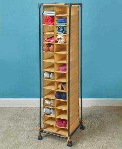 Fashionable shoe storage